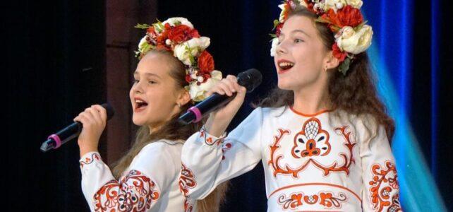 Вітаємо з перемогою учениць Люблинецької школи на Всеукраїнському конкурсі!
